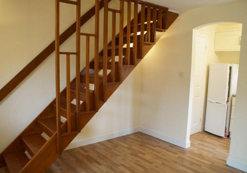 Property-For-Rent-Range-Homes-staircase